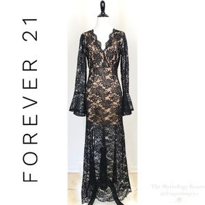 Forever 21 Lace Long Sleeve Maxi Dress